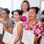 Entrega el Instituto Municipal de la Mujer máquinas de coser