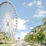 Instalan rueda de la fortuna en la zona hotelera de Cancún