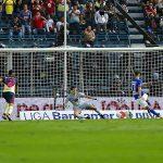 Americanista narró penalti de Cruz Azul a fanático invidente