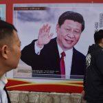 Funcionarios Chinos remplazan símbolos cristianos por carteles políticos
