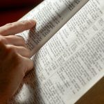 ¿Qué dice el capítulo más corto en la Biblia?