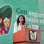 Dan banderazo a afiliación de trabajadoras del hogar al IMSS